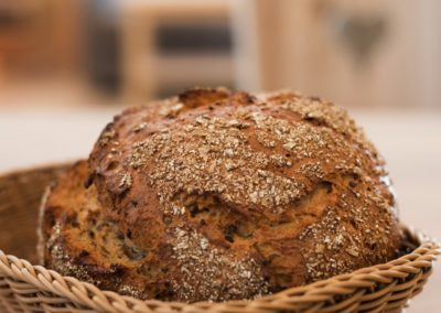 Kopeindlgut Wals bei Salzburg frisches Brot