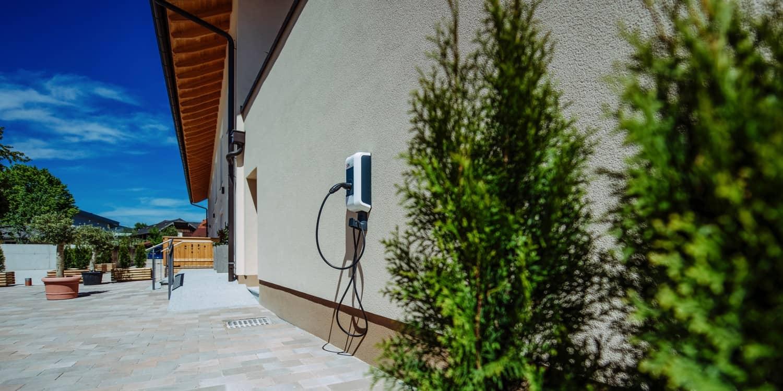 Kopeindlgut Wals bei Salzburg Elektro Ladestation